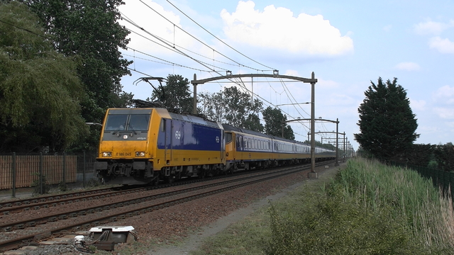 Photo of NS Bombardier TRAXX 186045 Electrische locomotief by RailNationYT