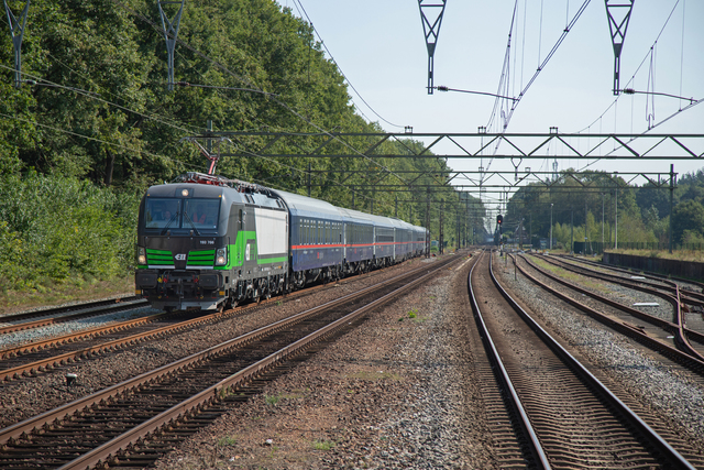 Photo of NS Siemens Vectron 193766 Elektrische locomotief by Pronkie
