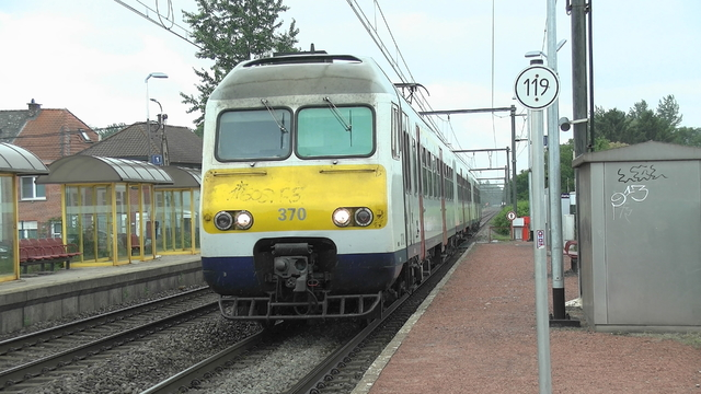Photo of NMBS MS80 370 Electrisch treinstel by RailNationYT